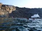 Schifffahrt durch die Caldera - Insel Santorini foto 32
