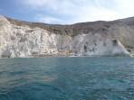 Weißer Strand - Insel Santorini foto 1